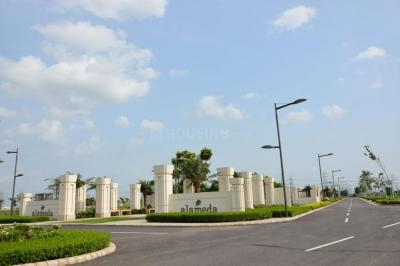 Gallery Cover Image of 538 Sq.ft Residential Plot for buy in DLF Alameda, Sector 73 for 39000000