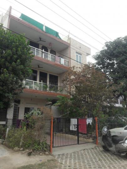 Project Image of 0 - 2400 Sq.ft 4 BHK Independent Floor for buy in Crown Floors 2