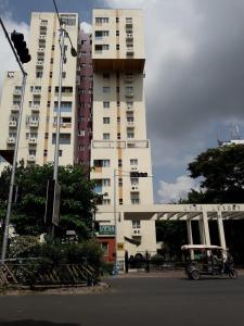 Gallery Cover Image of 1000 Sq.ft 2 BHK Apartment for rent in Utsa Luxury Complex, New Town for 35000
