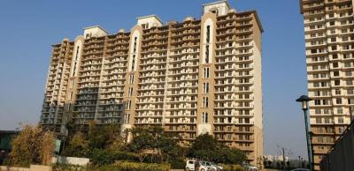 Gallery Cover Image of 1960 Sq.ft 3 BHK Apartment for rent in DLF Express Greens, Manesar for 19500