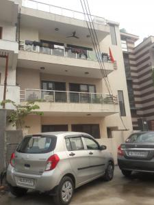 Gallery Cover Image of 3000 Sq.ft 4 BHK Independent Floor for rent in Y. K. Aggarwal Homes, Sector 42 for 26000