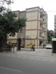 Gallery Cover Image of 1350 Sq.ft 3 BHK Apartment for rent in Shivkala Apartments, Sector 62 for 18000