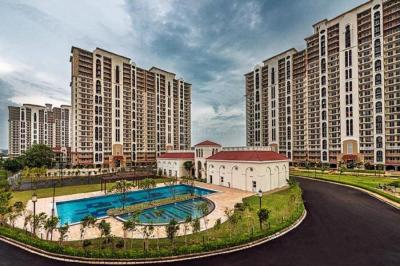 Gallery Cover Image of 1930 Sq.ft 3 BHK Apartment for rent in DLF New Town Heights, Sector 86 for 25000