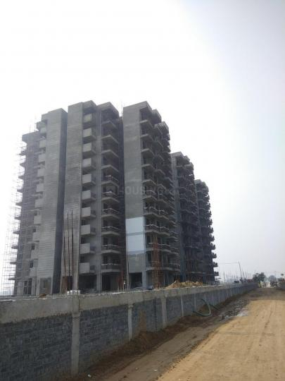 Project Image of 424.0 - 453.0 Sq.ft 2 BHK Apartment for buy in Pareena Laxmi Apartments