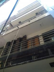 Gallery Cover Image of 579 Sq.ft 2 BHK Apartment for rent in AK Homes - 1, Hari Nagar for 11000