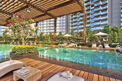 Gallery Cover Image of 2150 Sq.ft 3 BHK Apartment for rent in L&T Crescent Bay T5, Parel for 110000