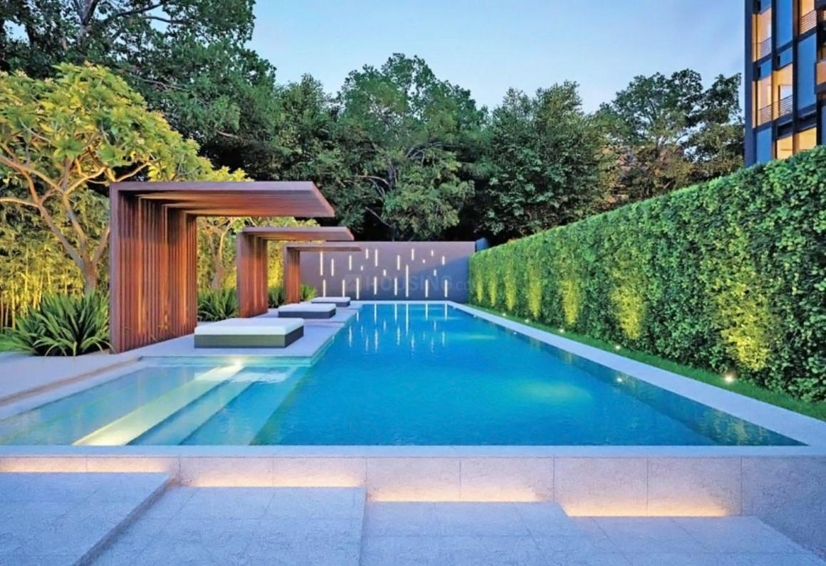 one-49-swimming-pool-1011838.jpg