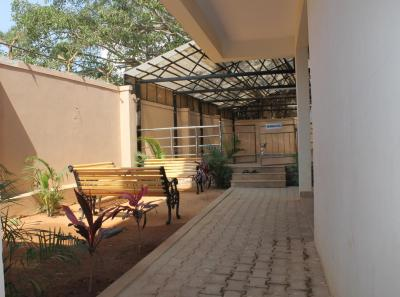 Gallery Cover Image of 2035 Sq.ft 3 BHK Villa for rent in Rajni Ashish Rose, Whitefield for 30000
