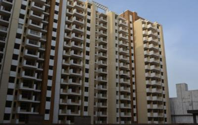 Gallery Cover Image of 1415 Sq.ft 3 BHK Apartment for buy in Terra Elegance, U.I.T. for 3500000