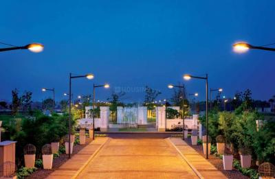 Gallery Cover Image of 550 Sq.ft Residential Plot for buy in DLF Alameda, Sector 73 for 34900000