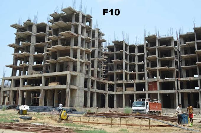 Project Image of 885.0 - 1700.0 Sq.ft 2 BHK Apartment for buy in Amrapali Tropical Garden