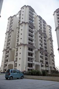 Gallery Cover Image of 1225 Sq.ft 3 BHK Apartment for buy in Mahagunpuram for 4200000