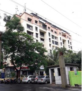 Gallery Cover Image of 700 Sq.ft 1 BHK Apartment for rent in Kabra Happy Valley, Thane West for 24000