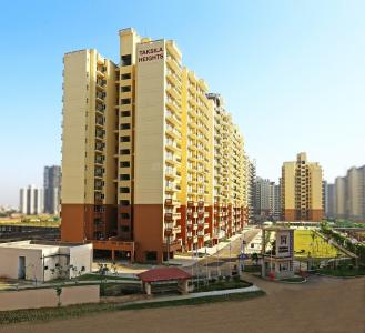 Gallery Cover Image of 1650 Sq.ft 3 BHK Apartment for rent in Piedmont Taksila Heights, Sector 37C for 21000