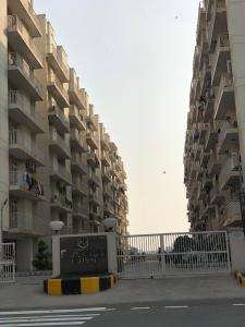 Project Image of 865.0 - 1266.0 Sq.ft 2 BHK Apartment for buy in KLJ Platinum Plus