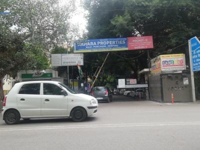 Gallery Cover Image of 2350 Sq.ft 4 BHK Apartment for rent in Flats Sarita Vihar, Sarita Vihar for 50000