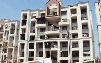 Gallery Cover Image of 1010 Sq.ft 2 BHK Apartment for rent in Naren Naren Hills, Wanowrie for 16000