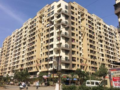 Gallery Cover Image of 1400 Sq.ft 4 BHK Apartment for rent in Arham Shubham Paradise, Virar West for 15000