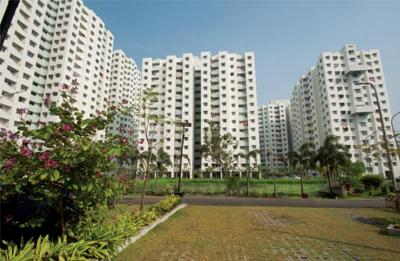 Project Image of 585.0 - 1164.0 Sq.ft 2 BHK Apartment for buy in Godrej Prana