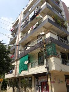 Project Image of 0 - 670 Sq.ft 2 BHK Apartment for buy in Home Town Sarvodaya Apartments