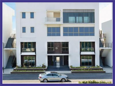 Gallery Cover Image of 2550 Sq.ft 3 BHK Apartment for buy in Tata Housing Primanti Vertilla, Sector 72 for 23000000