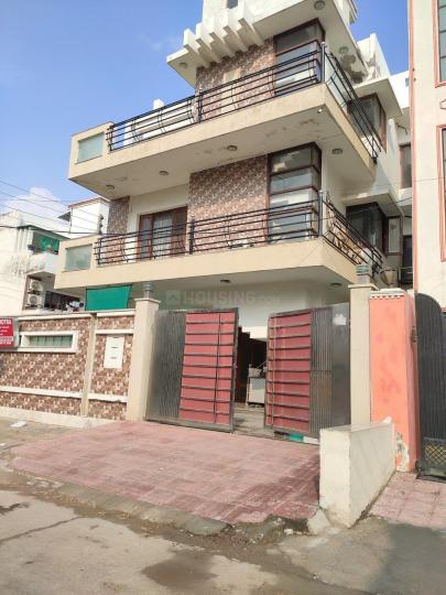 Project Image of 0 - 2200 Sq.ft 4 BHK Independent Floor for buy in B and G Floors 2