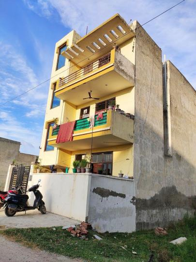 Project Image of 0 - 500 Sq.ft 2 BHK Independent Floor for buy in Radhika Homes - 5