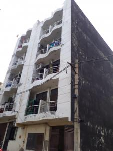 Gallery Cover Image of 600 Sq.ft 1 BHK Independent Floor for rent in Radhey Krishna Apartment, Sector 70 for 8000