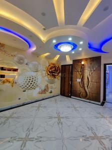 साइबर लक्ज़री फ़्लोर्स में खरीदने के लिए 450.0 - 900.0 Sq.ft 1 BHK अपार्टमेंट प्रोजेक्ट  की तस्वीर