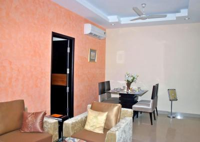 Gallery Cover Image of 2350 Sq.ft 4 BHK Apartment for rent in JMD Garden, Bhondsi for 36000