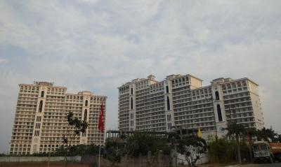 Gallery Cover Image of 1867 Sq.ft 3 BHK Apartment for rent in DLF The Skycourt, Sector 86 for 24000