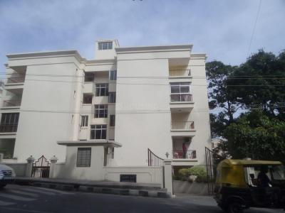 Gallery Cover Image of 750 Sq.ft 1 BHK Apartment for rent in Adarsh Hills, Bendre Nagar for 18000