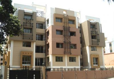 Gallery Cover Image of 1100 Sq.ft 2 BHK Apartment for rent in Heritage Park Side Residency, Raja Bazar for 28000