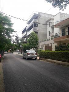 Gallery Cover Image of 2400 Sq.ft 4 BHK Independent Floor for buy in J - Block, Palam Vihar for 16500000