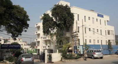 Gallery Cover Image of 930 Sq.ft 2 BHK Apartment for buy in Vasant Apartment, Sector 13 for 8099370