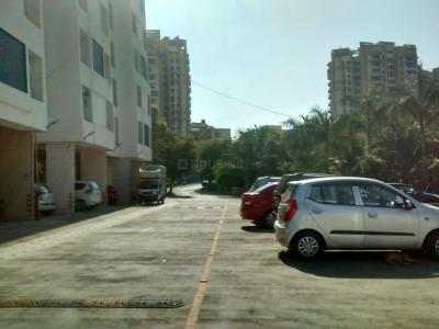 Gallery Cover Image of 710 Sq.ft 2 BHK Apartment for rent in Cosmos Classique, Thane West for 25000