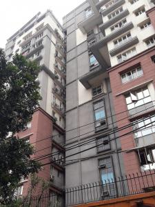 Gallery Cover Image of 1540 Sq.ft 2 BHK Apartment for rent in Sunflower Apartments, Topsia for 34000