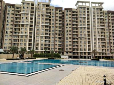 Gallery Cover Image of 594 Sq.ft 1 BHK Apartment for buy in Mahaveer Ranches, Parappana Agrahara for 3550000