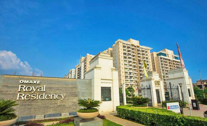 Project Image of 0 - 1685 Sq.ft 3 BHK Apartment for buy in Omaxe Royal Residency