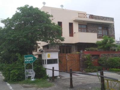 Gallery Cover Image of 2600 Sq.ft 3 BHK Independent House for rent in A 26, Sector 44 for 32000