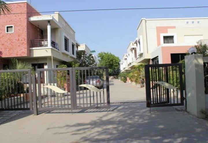 Project Image of 1530.0 - 1800.0 Sq.ft 3 BHK Villa for buy in Hari Hariom Residency