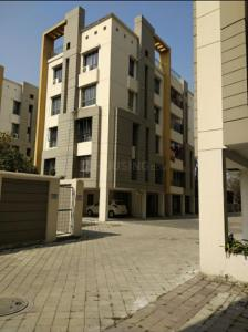 Gallery Cover Image of 1436 Sq.ft 3 BHK Apartment for rent in Space Clubtown Gardens, Ariadaha for 18000