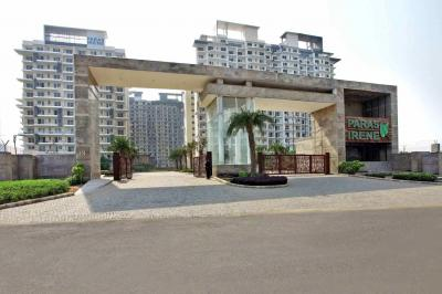 Gallery Cover Image of 1450 Sq.ft 2 BHK Apartment for rent in Paras Irene, Sector 70A for 23000