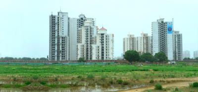 Gallery Cover Image of 1840 Sq.ft 3 BHK Apartment for rent in Spaze Privvy The Address, Sector 93 for 15000