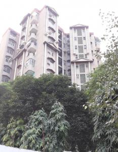 Gallery Cover Image of 1550 Sq.ft 3 BHK Apartment for rent in Devika Apartments, Vaishali for 42000