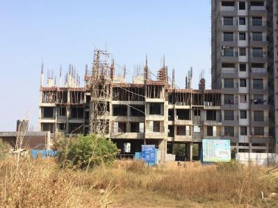 Gallery Cover Image of 620 Sq.ft 2 BHK Apartment for rent in Star Heights, Nalasopara West for 6800