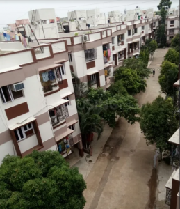 Gallery Cover Image of 1300 Sq.ft 3 BHK Apartment for rent in Mayfair Residency, Hussainpur for 16500