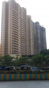 Gallery Cover Image of 650 Sq.ft 2 BHK Apartment for rent in Hubtown Greenwoods, Thane West for 23000