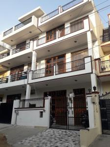 Project Image of 0 - 1000 Sq.ft 2 BHK Independent Floor for buy in Shree Floors - 3