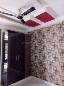 Gallery Cover Image of 1200 Sq.ft 3 BHK Independent Floor for buy in Vasundhara for 4730000